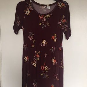 Other - Tilly's Dusty Red Dress with flowers